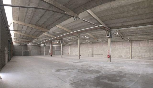 Geräumige Lagerhalle in Bozen Süd