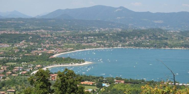 Lago di Garda (BS): Lussuosa proprietà da sogno con darsena privata